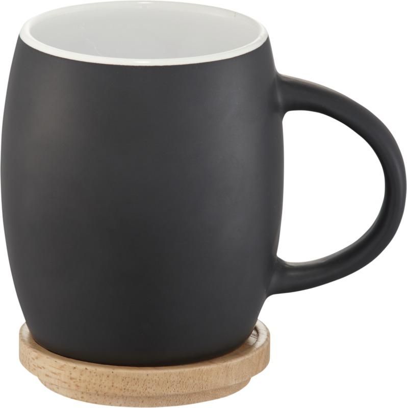 Taza cerámica base o tapa madera . Regalos promocionales y reclamos publicitarios