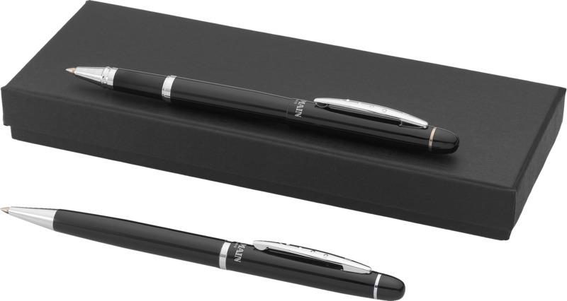 Set bolígrafo. Regalos promocionales y reclamos publicitarios